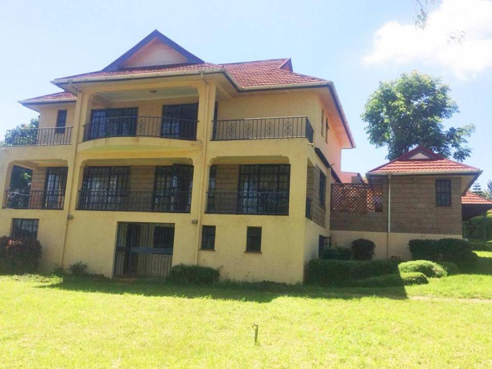 4 bedroom home is located on Mumwe Drive in Runda, Nairobi ... on johanessburg nairobi homes, mombasa nairobi homes, johanessburg south africa homes, eastleigh nairobi homes, kenya homes, is nairobi african homes,